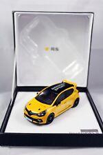 Renault Clio IV R.S.16 Baujahr 2016 gelb / schwarz Limited Edition Norev 1:43