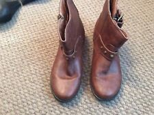 LADIES NEW LOOK TAN ANKLE BOOTS EXCELLENT CONDITION SIZE 5