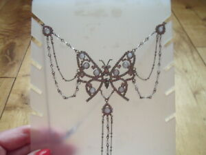 MARKS & SPENCERS BUTTERFLY NECKLACE