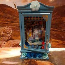 Alice In Wonderland Dolls House Magical Wardrobe 1/12.