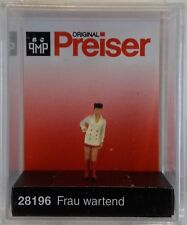 Preiser 28196 Woman Waiting 00/H0 Model Railway Figure