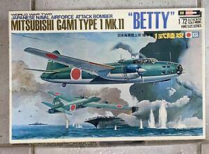 """BNIB Hasegawa 1:72 MITSUBISHI G4M1 TYPE 1 MK.11 """"BETTY"""". Japanese Naval WWII"""