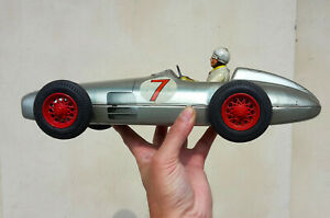 TIPPCO  Very Rare 1950 red wheels MERCEDES W196 Racing Car, TIN TOY, GERMANY