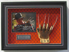 Sports Memoribilia Movie TV Memorabilia Shadow Box Prop Glove Ball Puck Frame