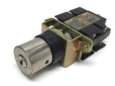 Siemens 3ST1357-1CB00 Key Selector Control Switch 380VAC 10A SSG10 *Missing Key*