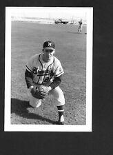 1962 Warren Spahn BRAVES UNSIGNED 3-1/2 x 5-1/8 ORIGINAL B&W SNAPSHOT PHOTO #2