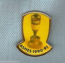 1990-91  AUSTRALIA V ENGLAND ASHES CRICKET LAPEL BADGE, URN