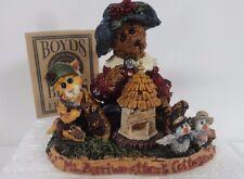 Byods bears figurine Ms Berriweather's cottage  IOB  #01998-41