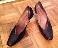 Cydwoq Vintage 36.5 6.5 Dark Brown Leather Kitten Heels Hand Made USA