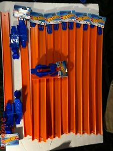"""(5) 24"""" Straight Hot Wheel Track Pieces 2-Pack (1)Launcher  and (2) Loop Builder"""