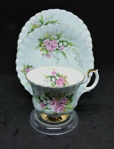 """Rare Royal Albert Teacup Trio - Un-Named Set #23 """"Lily Of The Valley"""" Mint Green"""