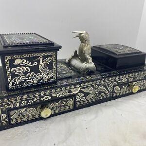 VINTAGE Bird Cigarette Dispenser Black & MOP Look Tobbacciana Retro Kitsch Box