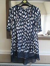 Marks & Spencer Per Una Size 10 blue/white spotted longer length top