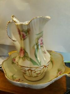 burton & burton gold trimmed 8 in. water pitcher and bowl roses beautiful set