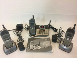 Uniden DCT7085 Cordless Phone,3 Handsets, Answering Machine and Clocks