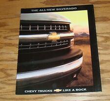 Original 1999 Chevrolet Truck Silverado Sales Brochure 99 Chevy