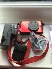 Nikon 1J1 Nikkor VR10-30mm f/3.5-5.6 Digital Red Camera Original box + contents
