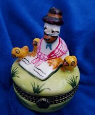 Hinged Trinket Porcelain Box with Goose & 3 Chicks by Glams