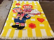VINTAGE RAGGEDY ANN AND ANDY HAND TOWEL