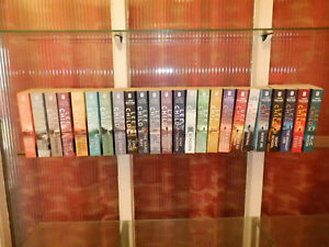 complete set of 24 Jack Reacher paperbacks