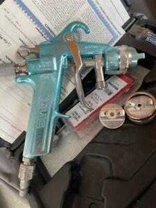 Binks Mach 1 HVLP Spray Gun w/3 Air Caps