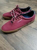Tommy Hilfiger Men's Size 10.5 US Burgundy Blue Gum Lace Up Low Top Casual Shoes