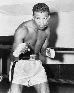 Middleweight Champ SUGAR RAY ROBINSON Glossy 8x10 Boxing Photo Pose Print Poster