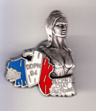 RARE PINS PIN'S .. POLICE NATIONALE FILLE SEXY NUE DDPN L'HAY 94 ARGENT 3D  ~CJ