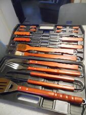 Never used 18 piece DELUXE BBQ Grill Tools in case. Red Cedar wood look