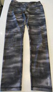 Reebok Ladies Leggings - Size Medium