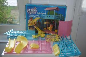 FAMILLE DOUCOEUR CUORE HERZ AIRE DE JEU PLAYGROUND MATTEL 2789 BARBIE 1985 NEW