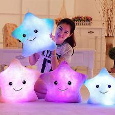 Neu Romantische LED Leuchten Glow Weich Cosy Kissen Sterne Geschenk Leuchtkissen