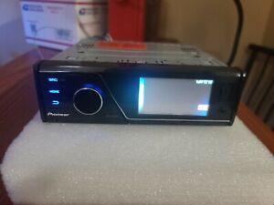 Pioneer MVH-P8200bt Bluetooth Radio  USB AV input RARE