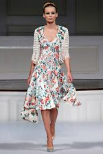 ICONIC MAGNIFICIENT GORGEOUS Oscar De La Renta R'11 white w/floral print dress
