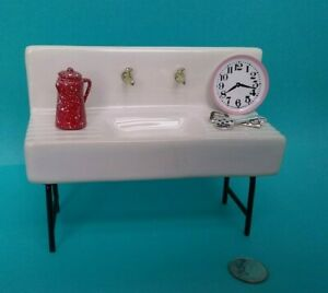 Dollhouse Miniature 1920 Kitchen Sink on Metal Legs inc/ Accessories Old Time