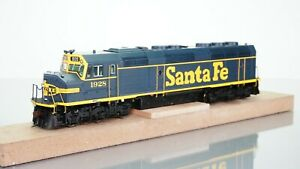 Athearn Genesis F45 Santa Fe 1928 DCC w/Sound HO scale