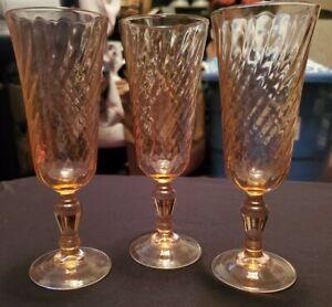 VTG Arcoroc Rosaline Champagne Flutes Pink Blush France Optic Swirl - Set of 3