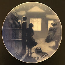 Bing & Grondahl 1919 Christmas Plate Outside The Lighted Window