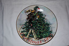 """Emmett Kelly Jr All Wrapped Up in Christmas Plate 8.5"""" - Limited Edition"""