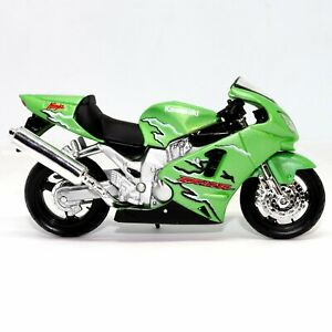 Kawasaki Ninja ZX12R 1:18 Scale Diecast Model Toy Motorcycle Motorbike Maisto