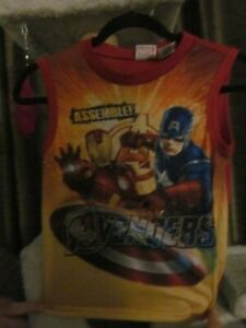 """Avengers T-Shirt """"Assemble!"""" Size Boys (10/12) made by Marvel"""