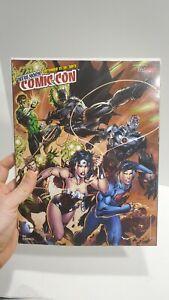 New York Comic Con 2012 Convention Magazine  DC Justice League Batman