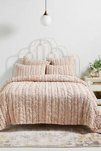 Anthropologie Ruched Voile Vienna Quilt Size Full $258 Mauve