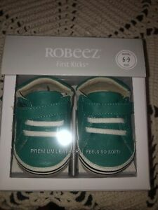 Robeez first kicks crib shoes 6-9 months baby leather adam green Boys Infant