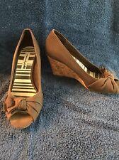 WOMENS AMERICAN EAGLE Ladies Peep Toe Wedge Platform Brown HEEL shoe size 6.5