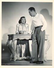 GREAT HUMPHREY BOGART 1948 PHOTO- CRIME - N. MINT COND