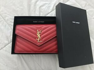 Red YSL Envelope Chain Wallet In Grain De Poudre Embossed Leather
