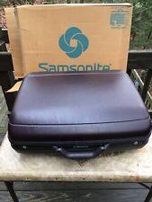 Vintage Samsonite Silhouette Burgundy Hard side 24 W/ Wheels Luggage No Key Used