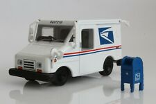 USPS Postal Service Mail Truck LLV with Mailbox 1:64 Scale Diorama Diecast Model