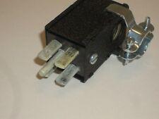 CINCH JONES BEAU MOLEX P-404-CCE POWER PLUG 4 PIN SIDE HOLE METAL HOOD